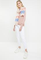 Vero Moda - Milda rollneck button blouse - pink
