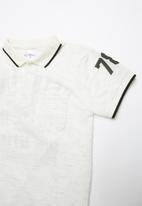POP CANDY - Printed golfer - white