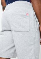 New Balance  - Essentials 90s short - grey