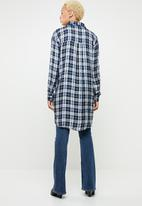 c(inch) - Check long sleeve button-down shirt - multi