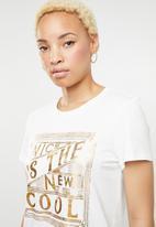 Vero Moda - Fancy short sleeve top - white