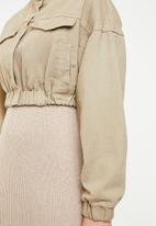 Missguided - Cropped batwing bomber jacket - beige