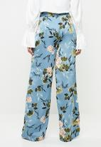 Missguided - Floral satin wide leg trouser - blue
