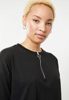 Missguided - Oversized zip front ls T-shirt dress - black
