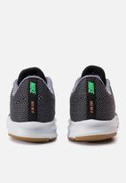 Nike - Downshifter 9 SE - black/white-gum light brown