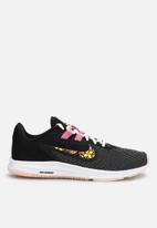 Nike - Downshifter 9 SE - black / lotus pink / crimson