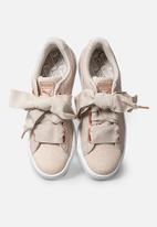 PUMA - Basket Heart Woven Rose - silver gray-Puma white
