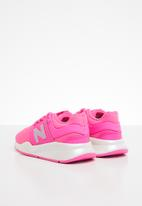 New Balance  - 247 v2 pre bungee lace - pink