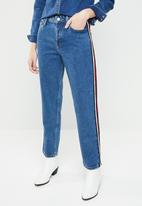MANGO - Relaxed jean with side stripe - blue