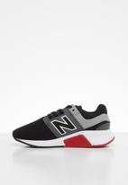 New Balance  - 247 V2 bungee lace sneaker - black