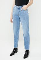 MANGO - Girlfriend faded jeans - blue