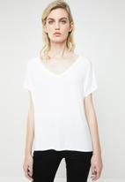 MANGO - V-neck T-shirt - white