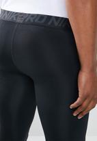 Nike - Nike 3QT tights- black & white