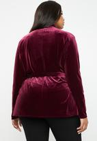 Missguided - Velvet belted jacket - burgundy