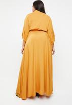 Plus-Fab - Bathobile dress - yellow