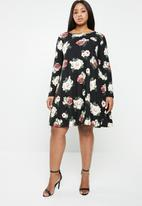 Brave Soul - Long sleeve floral dress with back detail - multi