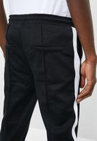 Only & Sons - Owen cropped chino sweatpants - black