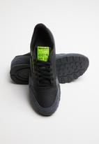 Reebok Classic - Classic Leather Mu - black/true grey