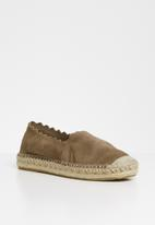 Steve Madden - Slip-on espadril - brown