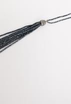 STYLE REPUBLIC - Beaded longer length necklace - navy