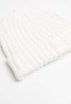Cotton On - Take a hike beanie - cream