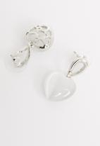 STYLE REPUBLIC - Tara heart studs-white/silver