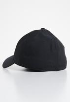 Under Armour - Men's blitzing 3.0 cap-002 - black