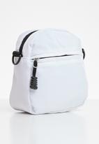 Superbalist - Flight bag - white