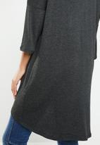 Vero Moda - Paya 3/4 V-neck long top - black