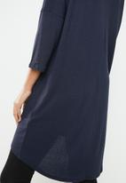 Vero Moda - Paya 3/4 V-neck long top - navy