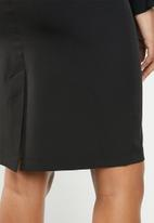 edit - Classic skirt - black