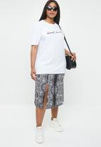 Missguided - Curve oversized T-shirt bad habits - white