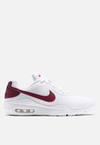 Nike - Air Max Oketo - white/university red