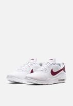 Nike - Air Max Oketo - white/university red
