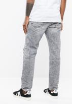 Diesel  - Mharky l.32 slim fit jeans - grey