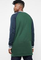 Brave Soul - Freedom longer length baseball raglan jacket - green & navy