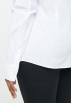 POLO - Plus size amber shirt - white