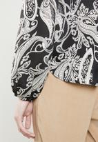 Superbalist - Kitty bow blouse - black & cream