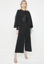 Vero Moda - Mandy keyhole blouse - black