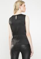 Vero Moda - Lush sleeveless bow top - black