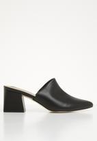 Call It Spring - Block heel mule - black