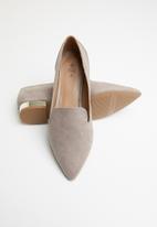 Call It Spring - Metallic heel loafer - grey