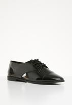 Call It Spring - Lace-up brogue - black