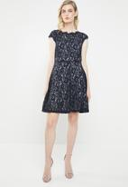 Vero Moda - Jackie capsleeve fit and flare dress - navy