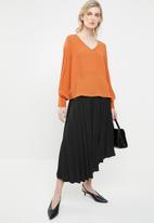 Vero Moda - Gullan balloon sleeve blouse - rust