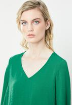 Vero Moda - Gullan balloon sleeve blouse - green