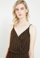 Vero Moda - Wiona cami strap jumpsuit - gold & black