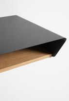 Emerging Creatives - Stockholm minima floating table & light - black