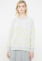ONLY - Bellis long sleeve O-neck sweat top - grey