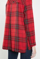 ONLY - Rebella long sleeve oversized check shirt - red